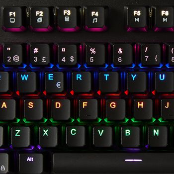 Toetsenbord voor mechanische gaming | RGB-verlichting | Nordic | metaalontwerp